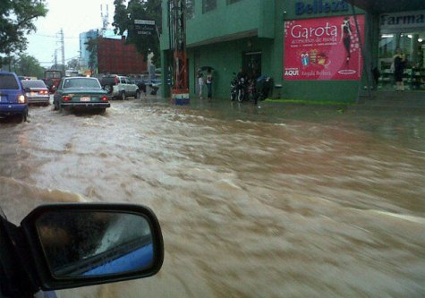 Asunción unter Wasser (UH)