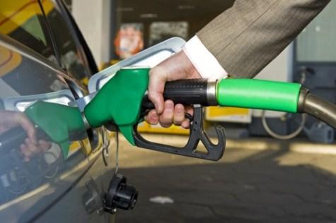 Benzin auftanken