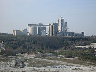 320px-Teutonia-Zementfabrik_vor_Mergelgrube