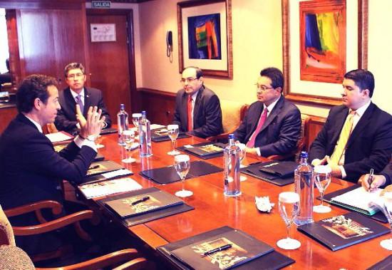 el-secretario-de-estado-paraguayo-mantuvo-ayer-reuniones-con-ejecutivos-de-dos-empresas-espanolas-_628_433_1202817