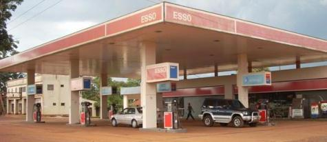 Esso Tankstelle in Paraguay