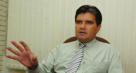 Jetzt ist es offiziell: Édgar Acosta ist neuer INC Präsident
