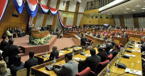 Lugo präsentiert seinen Jahresbericht im Kongress