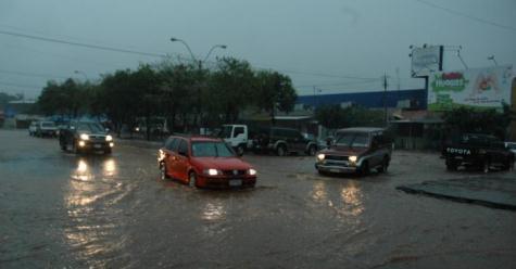 Starker Regen verursacht Sachschäden und Todesopfer