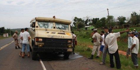 Filmreifer Überfall auf Geldtransporter mit 2 Milliarden Guaranies Beute