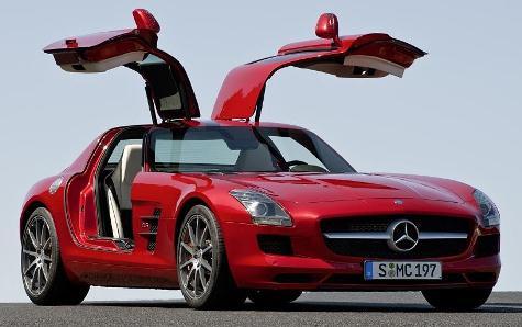 CADAM Autoausstellung zeigt auch Glanzstücke deutscher Automobilkonzerne