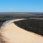 Illegale Rio Tebicuary Umleitung lässt Flussbett austrocknen