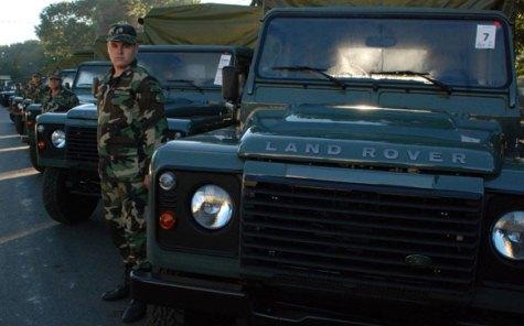 Geländewagen des paraguayischen Militärs (UH)
