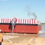Erste in Paraguay gefertigte Barkasse vom Stapel gelaufen