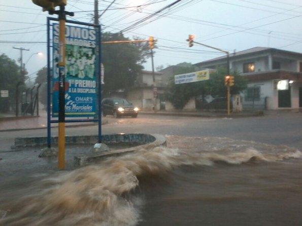 Asunción und Regen