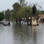 Pilar wieder unter Wasser