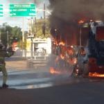 Bus fängt Feuer