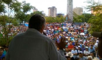 Lugo schürt das Feuer der Demonstranten