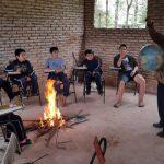 Lagerfeuer im Klassenzimmer