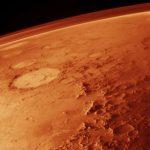 Der rote Planet gut sichtbar über Paraguay