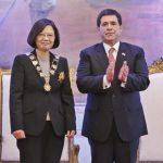 Flugverbindung zwischen Asien und Paraguay?