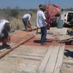 Bewohner des Chacos reparieren ihre Straßen selbst