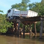 Holzbrücke nicht mehr passierbar