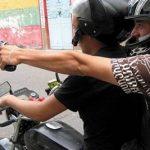 Motorradbanditen in deutscher Kolonie