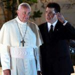 """Aufforderung um """"päpstlichen Tadel"""" für Cartes"""