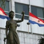 Ein Anwalt ist in Paraguay vonnöten