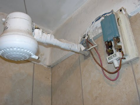 Der Umgang mit elektrischen Duschen in Paraguay - Wochenblatt