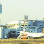 Weitere Regenfälle könnten Flughafenbetrieb gefährden