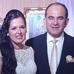 Verheiratet: Sie, 27, Bürgermeisterin; er, 55, ebenfalls Bürgermeister