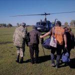 Ein Präsident wird per Hubschrauber evakuiert