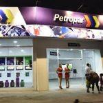 Ölpreis fällt und Petropar senkt die Preise nicht