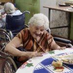 Pflegeheim in Paraguay: Alt und vergessen