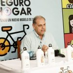 Tausende in Not aber Ministerium organisiert Fahrradtour