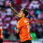 Internationaler Haftbefehl für bekannten Fußballer