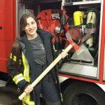 Feuerwehr Carlos Pfannl: Eine junge Frau an der Spitze ihres Triumphs
