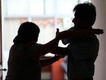 Deutscher wegen familiärer Gewalt zu Hausarrest verurteilt