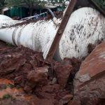 Wassertank zerstört zwei Häuser und verletzt Bewohner