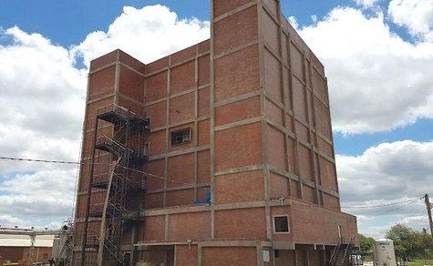 Produktionsstätte für Milchpulver im Chaco vor der offiziellen Einweihung
