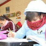 Ein schwieriges Unterfangen: Kein Internet, kein Unterricht, keine Bildung