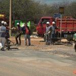 Private Firma saniert kostenlos Straßen in Loma Plata