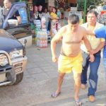 Guairá: Betrunkener Polizist fährt in ein Fahrzeug und zwei Häuser