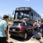 Schweres Busunglück bei Ypacaraí: Neun Verletzte und ein Toter