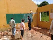 Diebe demontieren Schule in Independencia
