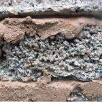 Ziegel aus Zement und Kunststoffen
