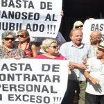 Privatreisen von Abgeordneten, Freunde finanziert: Die Rentensteuer wird es abdecken