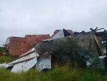 Unwetter zerstört zahlreiche Häuser