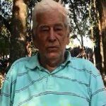 "92-jähriger Schriftsteller hebt den ""Fortschritt"" im Land hervor"