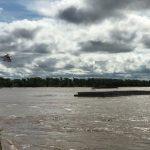 Schubverband verliert Schubleichter auf dem Paraná-Fluss