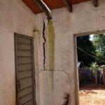 Sozialer Wohnungsbau: Risse in Häuser gefährden Bewohner