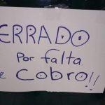 Kein Gehalt: Ärzte und Krankenhauspersonal streiken