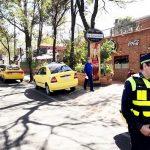 Strafe folgt auf dem Fuß: Unternehmen boykottieren Taxifahrer